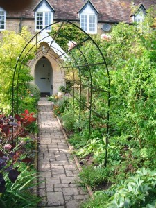 Wrought Iron Hand Arch